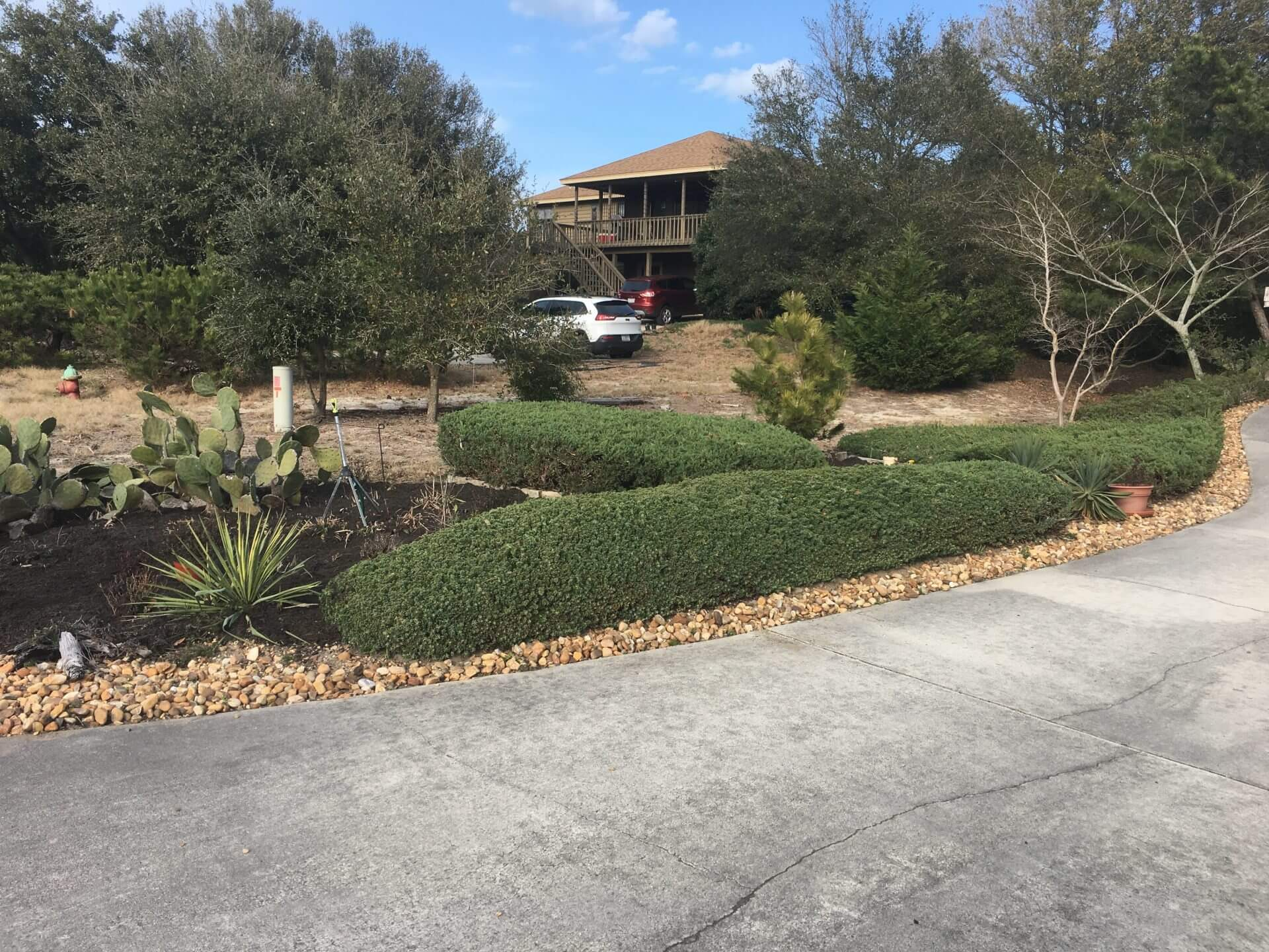 PROJECT: MOW GRASS AND MAINTAIN LANDSCAPING